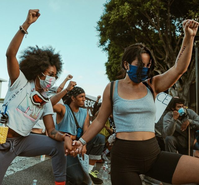 @toshfit . I would like to take this moment to extend extreme gratitude and love towards a woman I love. Protesting is bonding. You form a connection with those around you that will last a lifetime.  Being in a crowd of passion marching down the streets for a cause is life changing.  I love you Tashe and I would give my life to you and this movement. Thank you to @ryangregoryphillips for capturing beautiful moments such as this.  #blm #blacklivesmatter #georgefloyd #breonnataylor #rayshardbrooks #saytheirnames #sayhername #sayhisname #protest