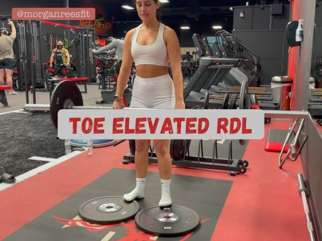 Toe elevated RDL- why elevate the toes? Although there are many individual benefits for heel or toe elevation during a deadlift, there is one effect that cannot be debated- elevating toes stretches the hamstrings. I have trouble at times fully engaging my hamstrings during a deadlift as I am quad dominant. Elevating my toes allows for a greater stretch and focus on hamstring engagement. As noted above, your ROM may be more limited after elevating, but that's fine as long as your moving through your full range. Any questions? DM me!  Outfit: @saskicollection  #fitspo #fitfam #workoutmotivation #workout #inspiration #motivation #balance #fit #exercise #gym #physique #dedication #fitspiration #healthylifestyle #health #abs #fitgirls #personaltrainer #fibromyalgia #fibro #bodyweight #latrainer #homeworkout #core #HIIT #glutes #gluteworkout #rdl #deadlift